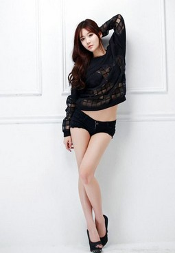 More hot pictures of Korean babe Choi Seul Gi to share with you in this article. We have..